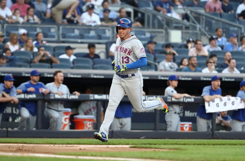 NEW YORK, NY - JULY 20: Asdrubal Cabrera #13 of the New York Mets scores in the first inning against the New York Yankees during their game at Yankee Stadium on July 20, 2018 in New York City. (Photo by Al Bello/Getty Images)