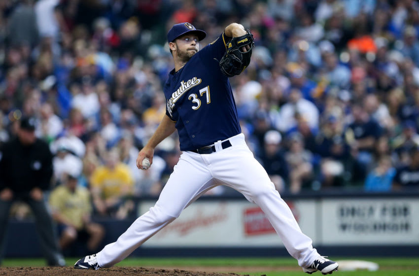 MILWAUKEE, WI - APRIL 24: Tyler Thornburg #37 of the Milwaukee Brewers pitches against the Philadelphia Phillies at Miller Park on April 24, 2016 in Milwaukee, Wisconsin. (Photo by Dylan Buell/Getty Images)