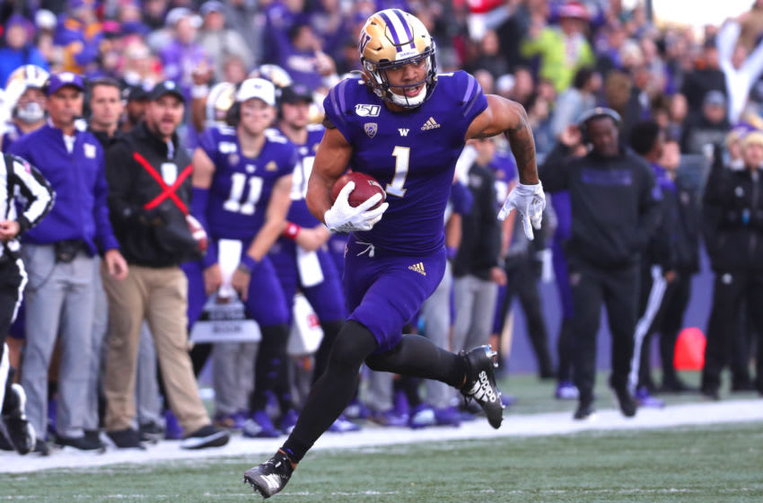 SEATTLE, WASHINGTON - NOVEMBER 02: Hunter Bryant #1 of the Washington Huskies runs for a 40 yard touchdown against the Utah Utes in the third quarter during their game at Husky Stadium on November 02, 2019 in Seattle, Washington. (Photo by Abbie Parr/Getty Images)