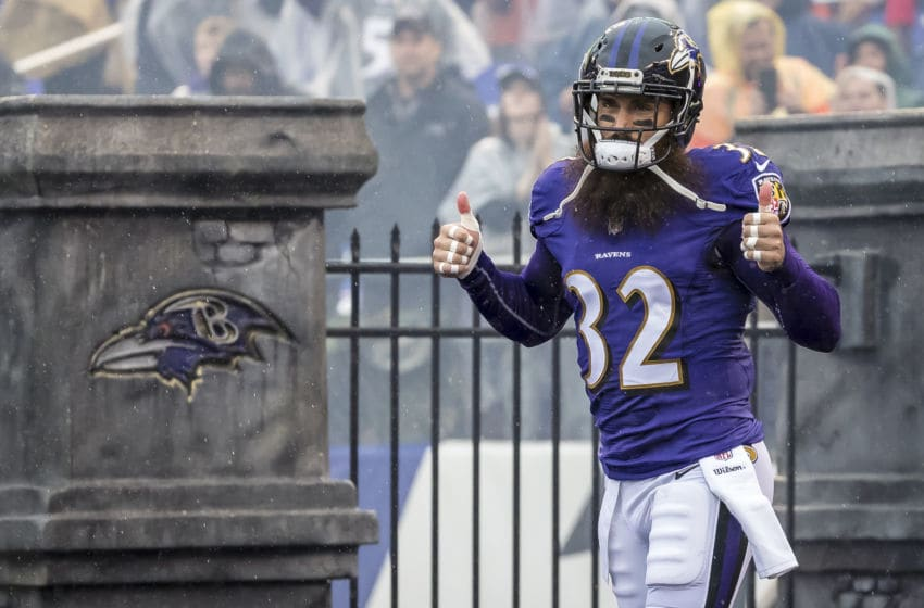 BALTIMORE, MD - SEPTEMBER 23: Eric Weddle #32 of the Baltimore Ravens takes the field before the game against the Denver Broncos at M&T Bank Stadium on September 23, 2018 in Baltimore, Maryland. (Photo by Scott Taetsch/Getty Images)