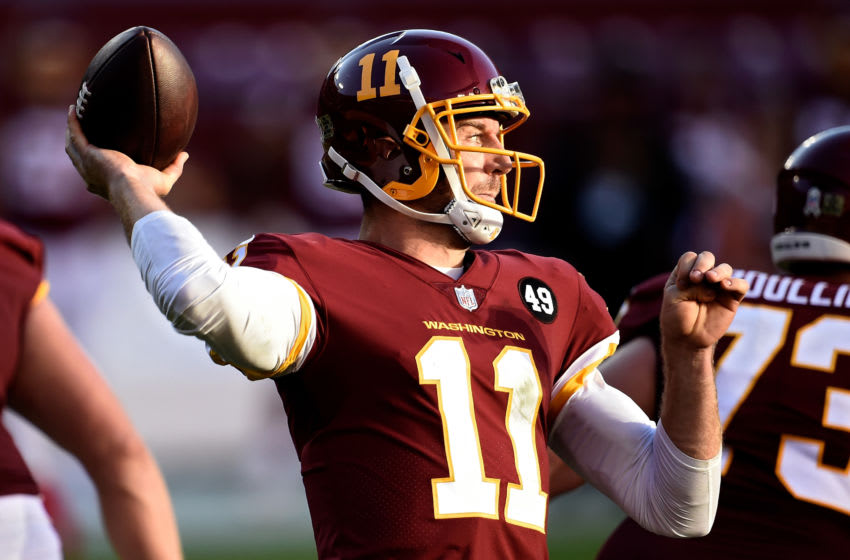 LANDOVER, MARYLAND - NOVEMBER 08: Alex Smith #11 of the Washington Football Team throws a pass in the fourth quarter against the New York Giants at FedExField on November 08, 2020 in Landover, Maryland. (Photo by Greg Fiume/Getty Images)