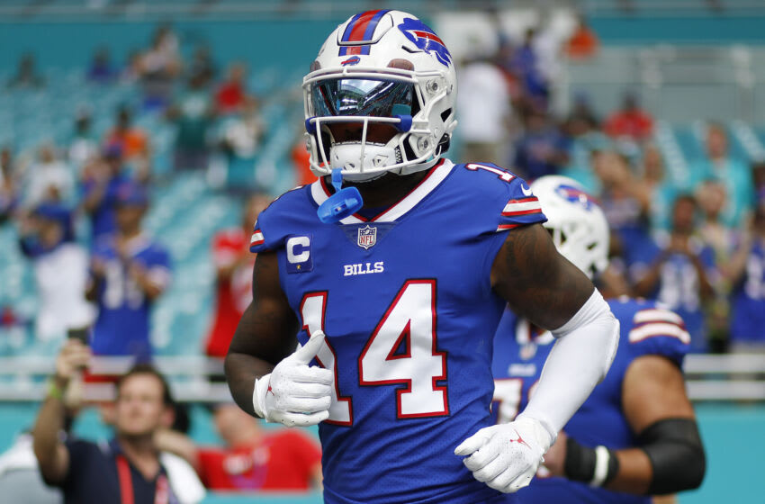 MIAMI GARDENS, FLORIDA - SEPTEMBER 19: Stefon Diggs #14 of the Buffalo Bills takes the field prior to the game against the Miami Dolphins at Hard Rock Stadium on September 19, 2021 in Miami Gardens, Florida. (Photo by Michael Reaves/Getty Images)