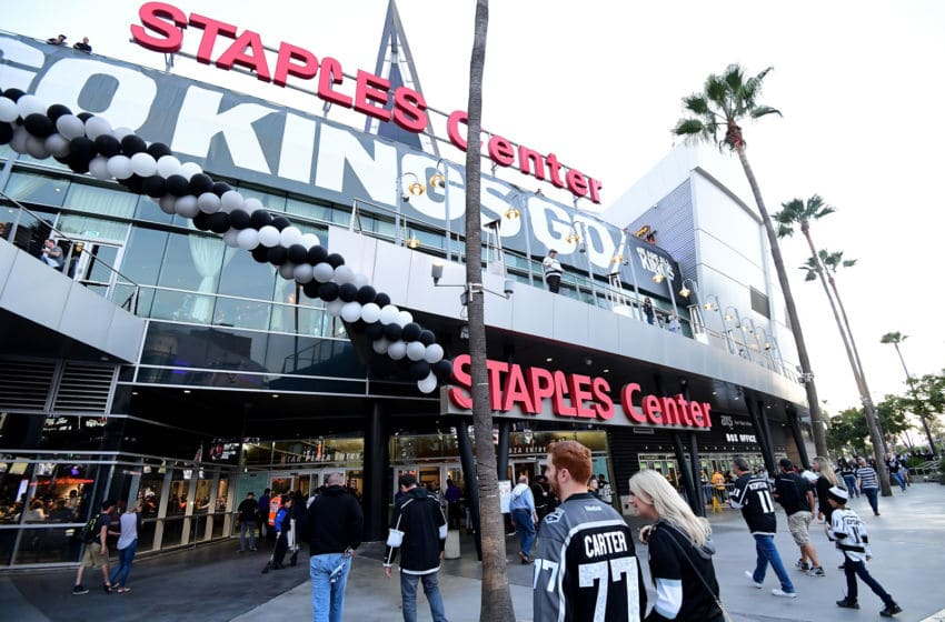 LOS ANGELES, CA - OCTOBER 05: Fans head to the entrance for opening night of the Los Angeles Kings 2017-2018 season against the Philadelphia Flyers at Staples Center on October 5, 2017 in Los Angeles, California. (Photo by Harry How/Getty Images)