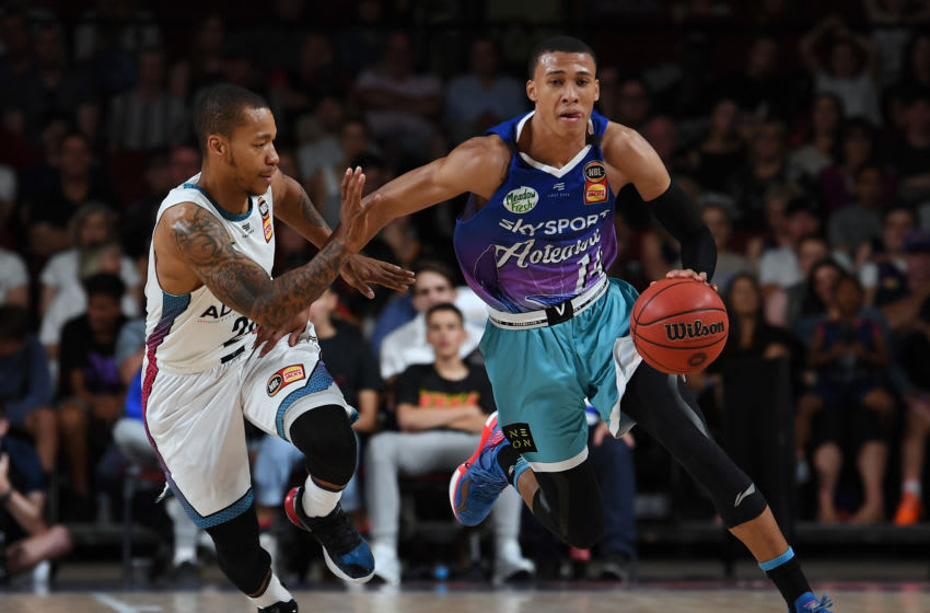 ADELAIDE, AUSTRALIA - NOVEMBER 24: Rj Hampton of the Breakers takes on Jerome Randle of the 36ers during the round 8 NBL match between the Adelaide 36ers and the New Zealand Breakers at the Adelaide Entertainment Centre on November 24, 2019 in Adelaide, Australia. (Photo by Mark Brake/Getty Images)