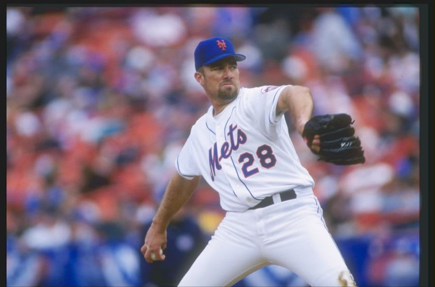 13 Apr 1997: Pitcher Bobby Jones of the New York Mets throws a pitch during a game against the San Francisco Giants at Shea Stadium in Flushing, New York. The Giants won the game 5-1. Mandatory Credit: Rick Stewart /Allsport
