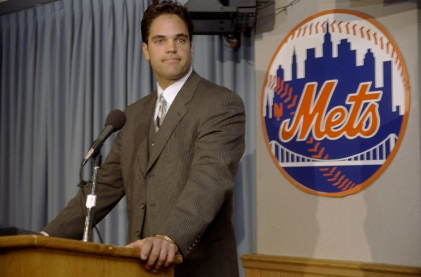 26 Oct 1998: Mike Piazza stands at a podium fielding questions from the press about the New York Mets in New York City, New York. Mandatory Credit: Jamie Squire /Allsport