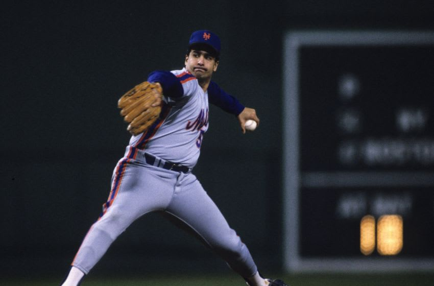 BOSTON, MA - OCTOBER 23, 1986: Sid Fernandez #50 of the New York Mets pitches during Game 5 of the 1986 World Series against the Boston Red Sox in Shea Stadium on October 23, 1986 in Boston, Massachusetts. (Photo by Ronald C. Modra/Getty Images)