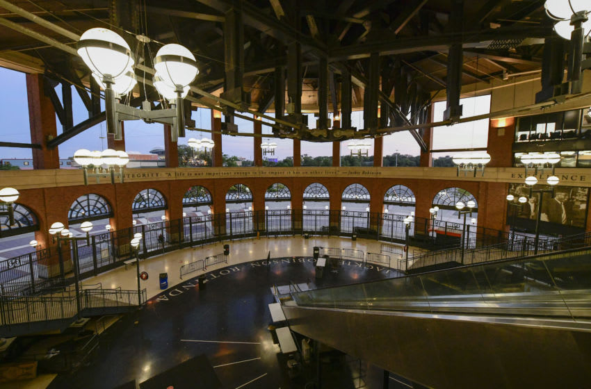 NEW YORK, NEW YORK - SEPTEMBER 08: The Jackie Robinson Rotunda sits empty during a game between the New York Mets and the Baltimore Orioles at Citi Field on September 08, 2020 in New York City. Due to concerns of the spread of the coronavirus, MLB games are being played without fans. (Photo by Steven Ryan/Getty Images)