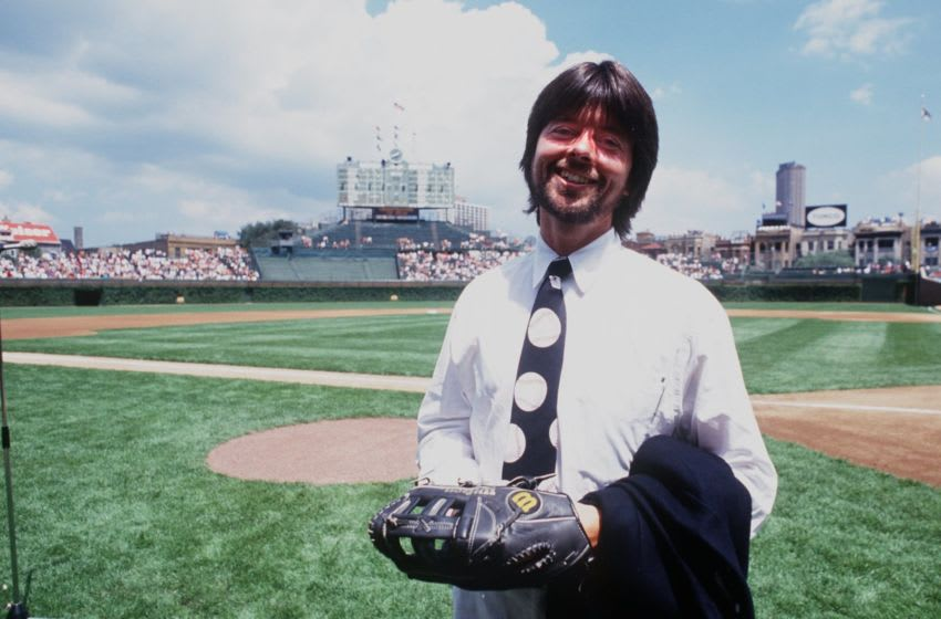 28 Jul 1994: DIRECTOR/PRODUCER KEN BURNS OF THE CIVIL WAR AND BASEBALL MINISERIES, AT WRIGLEY FIELD BEFORE THE START OF THE CHICAGO CUBS GAME VERSUS THE CINCINNATI REDS.