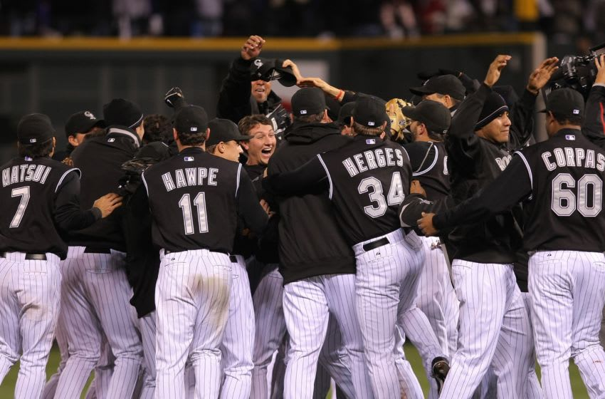 DENVER - OCTOBER 15: The Colorado Rockies celebrate their 6-4 victory to advance to the World series against the Arizona Diamondbacks during Game Four of the National League Championship Series at Coors Field on October 15, 2007 in Denver, Colorado. (Photo by Doug Pensinger/Getty Images)