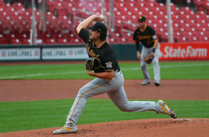 ST LOUIS, MO - AUGUST 27: Cody Ponce #60 of the Pittsburgh Pirates delivers a pitch against the St. Louis Cardinals in the first inning of game two of a doubleheader at Busch Stadium on August 11, 2020 in St Louis, Missouri. (Photo by Dilip Vishwanat/Getty Images)