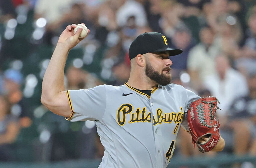 CHICAGO, ILLINOIS - AUGUST 31: Starting pitcher Bryse Wilson #48 of the Pittsburgh Pirates delivers the ball against the Chicago White Sox at Guaranteed Rate Field on August 31, 2021 in Chicago, Illinois. (Photo by Jonathan Daniel/Getty Images)