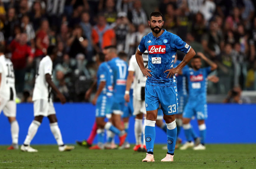 TURIN, ITALY - SEPTEMBER 29: Raul Albiol of SSC Napoli shows his dejection during the Srie A match between Juventus and SSC Napoli at Allianz Stadium on September 29, 2018 in Turin, Italy. (Photo by Gabriele Maltinti/Getty Images )