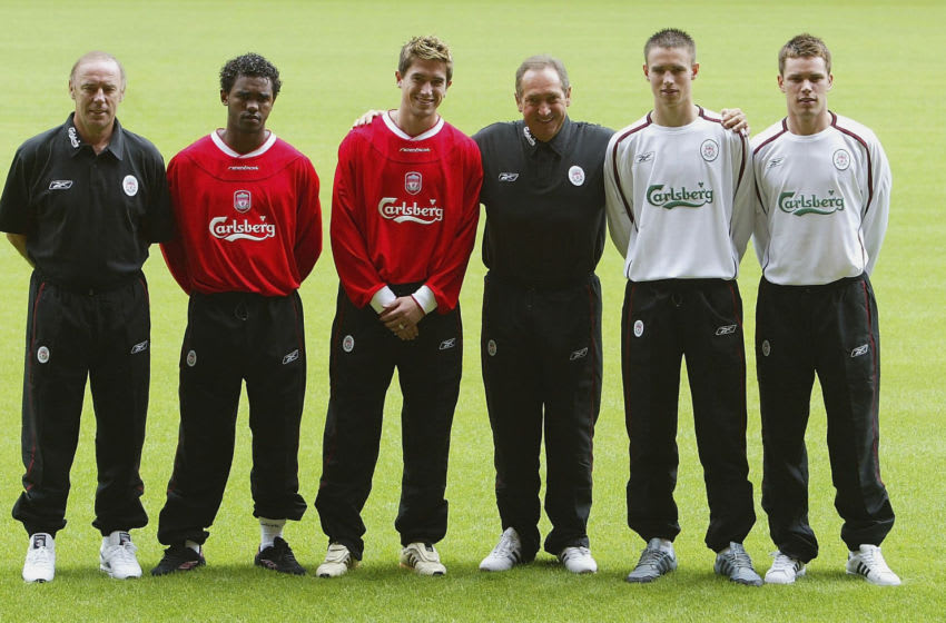 Liverpool, Gerard Houllier, Florent Sinama Pongolle, Harry Kewell. (Photo by Laurence Griffiths/Getty Images)