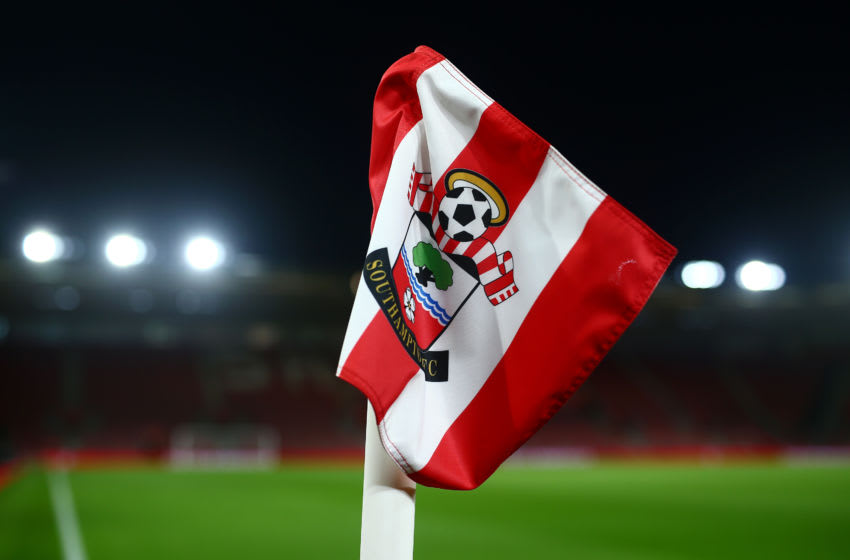 SOUTHAMPTON, ENGLAND - JANUARY 30: The Southampton FC badge is seen on a coner flag prior to the Premier League match between Southampton FC and Crystal Palace at St Mary's Stadium on January 30, 2019 in Southampton, United Kingdom. (Photo by Jordan Mansfield/Getty Images)