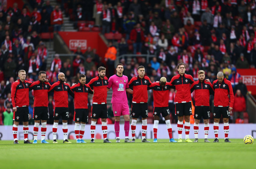 SOUTHAMPTON, ENGLAND - NOVEMBER 09: Players of Southampton participate in a minute silence during a ceremony in honor of Remembrance Day prior to the Premier League match between Southampton FC and Everton FC at St Mary's Stadium on November 09, 2019 in Southampton, United Kingdom. (Photo by Jordan Mansfield/Getty Images)