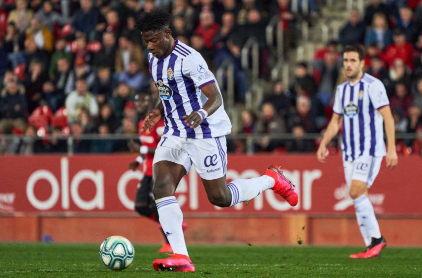 MALLORCA, SPAIN - FEBRUARY 01: Mohammed Salisu of Valladolid drives the ball during the Liga match between RCD Mallorca and Real Valladolid CF at Iberostar Estadi on February 1, 2020 in Mallorca, Spain. (Photo by Rafa Babot/MB Media/Getty Images)