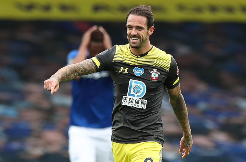 Southampton's English striker Danny Ings celebrates scoring the opening goal during the English Premier League football match between Everton and Southampton at Goodison Park in Liverpool, north west England on July 9, 2020. (Photo by Peter Byrne / POOL / AFP) / RESTRICTED TO EDITORIAL USE. No use with unauthorized audio, video, data, fixture lists, club/league logos or 'live' services. Online in-match use limited to 120 images. An additional 40 images may be used in extra time. No video emulation. Social media in-match use limited to 120 images. An additional 40 images may be used in extra time. No use in betting publications, games or single club/league/player publications. / (Photo by PETER BYRNE/POOL/AFP via Getty Images)