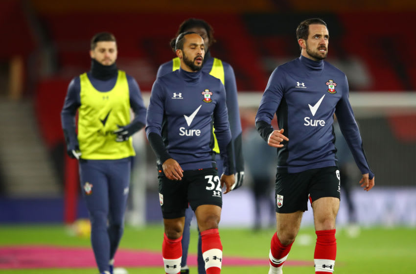 SOUTHAMPTON, ENGLAND - JANUARY 30: Theo Walcott and Danny Ings of Southampton warm up prior to the Premier League match between Southampton and Aston Villa at St Mary's Stadium on January 30, 2021 in Southampton, England. Sporting stadiums around the UK remain under strict restrictions due to the Coronavirus Pandemic as Government social distancing laws prohibit fans inside venues resulting in games being played behind closed doors. (Photo by Michael Steele/Getty Images)