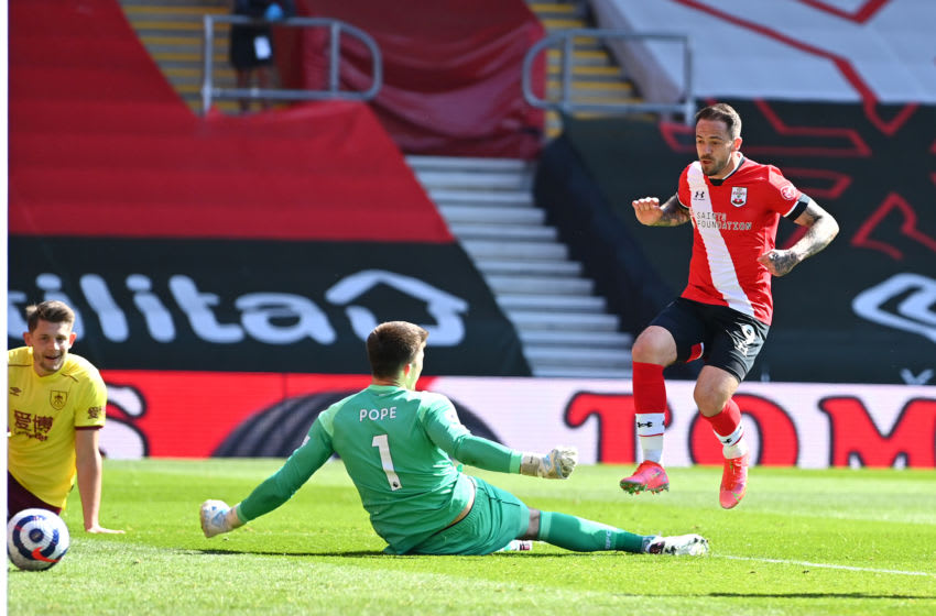SOUTHAMPTON, ENGLAND - APRIL 04: Danny Ings of Southampton scores their team's second goal during the Premier League match between Southampton and Burnley at St Mary's Stadium on April 04, 2021 in Southampton, England. Sporting stadiums around the UK remain under strict restrictions due to the Coronavirus Pandemic as Government social distancing laws prohibit fans inside venues resulting in games being played behind closed doors. (Photo by Dan Mullan/Getty Images)