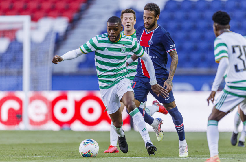 PARIS, FRANCE - JULY 21: #21 Olivier Ntcham of Celtic (L) is chased by #10 Neymar Junior of Paris Saint Germain (R) during the Friendly match Paris Saint-Germain and Celtic at Parc des Princes on July 21, 2020 in Paris, France. (Photo by Ricardo Nogueira/Eurasia Sport Images/Getty Images)