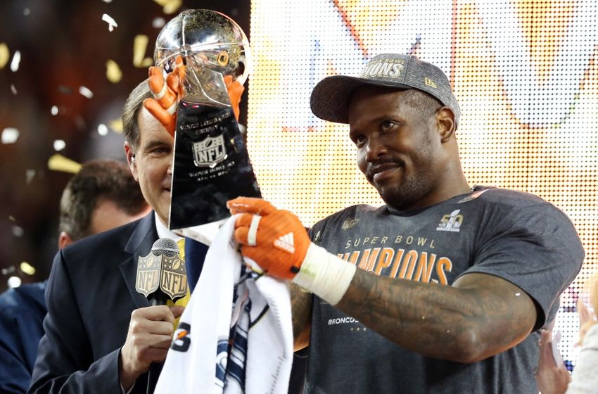 Feb 7, 2016; Santa Clara, CA, USA; Denver Broncos outside linebacker Von Miller (58) celebrates with the Vince Lombardi Trophy after being named the Super Bowl MVP after beating the Carolina Panthers in Super Bowl 50 at Levi