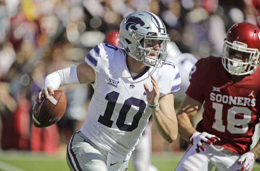 NORMAN, OK - OCTOBER 27: Quarterback Skylar Thompson #10 of the Kansas State Wildcats looks to throw against the Oklahoma Sooners at Gaylord Family Oklahoma Memorial Stadium on October 27, 2018 in Norman, Oklahoma. Oklahoma defeated Kansas State 51-14. (Photo by Brett Deering/Getty Images)
