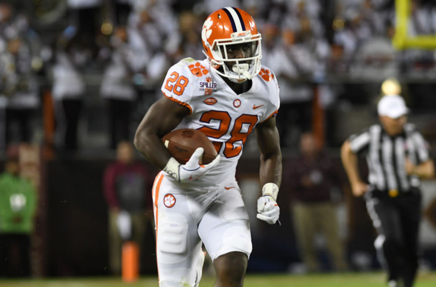BLACKSBURG, VA - SEPTEMBER 30: Tavien Feaster #28 of the Clemson Tigers runs for a 60-yard touchdown after catching a pass from quarterback Kelly Bryant #2 (not pictured) during the first quarter against the Virginia Tech Hokies at Lane Stadium on September 30, 2017 in Blacksburg, Virginia. (Photo by Michael Shroyer/Getty Images)