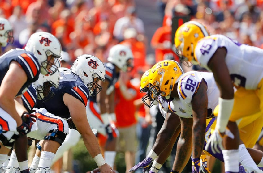 AUBURN, AL - SEPTEMBER 15: The Auburn Tigers offense lines up against the LSU Tigers defense at Jordan-Hare Stadium on September 15, 2018 in Auburn, Alabama. (Photo by Kevin C. Cox/Getty Images)