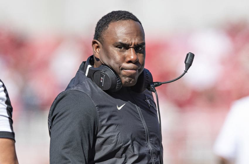 FAYETTEVILLE, AR - OCTOBER 27: Head Coach Derek Mason of the Vanderbilt Commodores on the sidelines during the second half of a game against the Arkansas Razorbacks at Razorback Stadium on October 27, 2018 in Fayetteville, Arkansas. The Commodores defeated the Razorbacks 45-31. (Photo by Wesley Hitt/Getty Images)