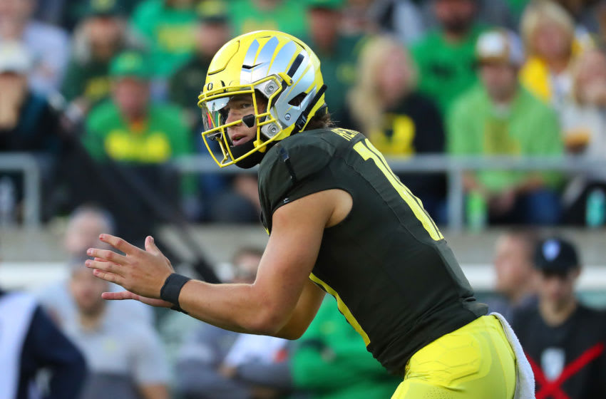 EUGENE, OREGON - OCTOBER 05: Justin Herbert #10 of the Oregon Ducks looks down the field in the second quarter against the California Golden Bears during their game at Autzen Stadium on October 05, 2019 in Eugene, Oregon. (Photo by Abbie Parr/Getty Images)