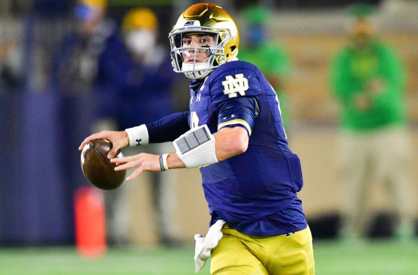 Ian Book, Notre Dame football Mandatory Credit: Matt Cashore-USA TODAY Sports