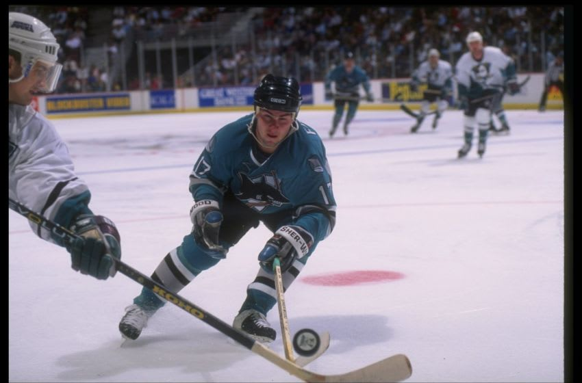 26 Apr 1995: Rightwinger Pat Falloon of the San Jose Sharks (No photo credit given).