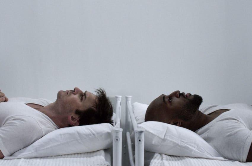 Photo: V Wars Season 1 - Image Courtesy Netflix