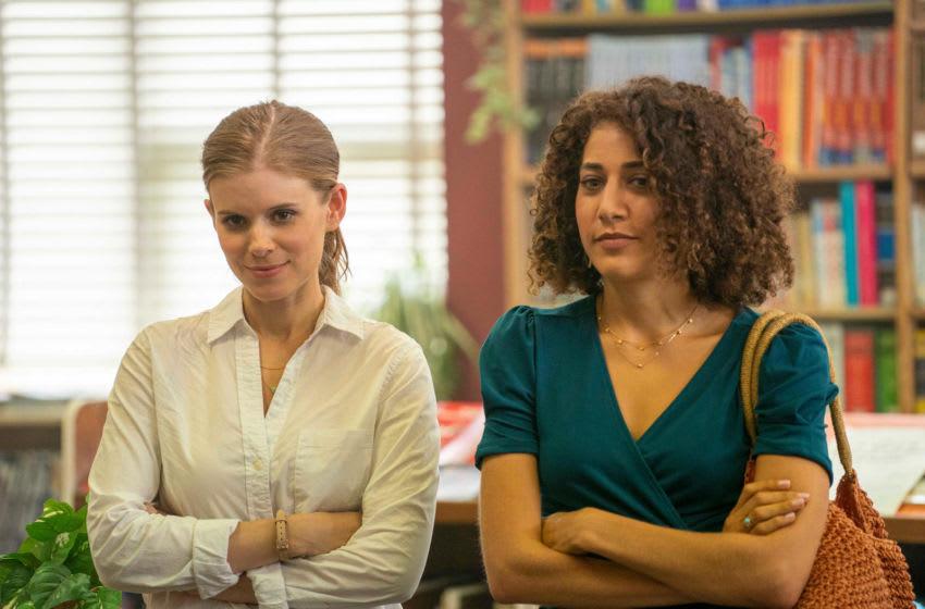 A TEACHER Episode 1 -- Pictured: (l-r) Kate Mara as Claire Wilson, Marielle Scott as Kathryn Sanders. CR: Chris Large/FX
