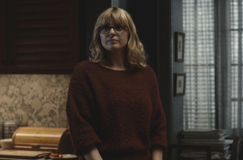 Adult Katharina Nielsen in Dark Season 3.
