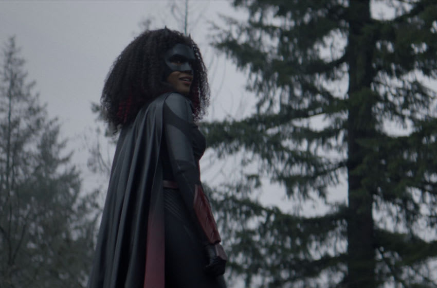 """Batwoman -- """"Survived Much Worse"""" -- Image Number: BWN208fg_0025r -- Pictured: Javicia Leslie as Batwoman -- Photo: The CW -- © 2021 The CW Network, LLC. All Rights Reserved."""
