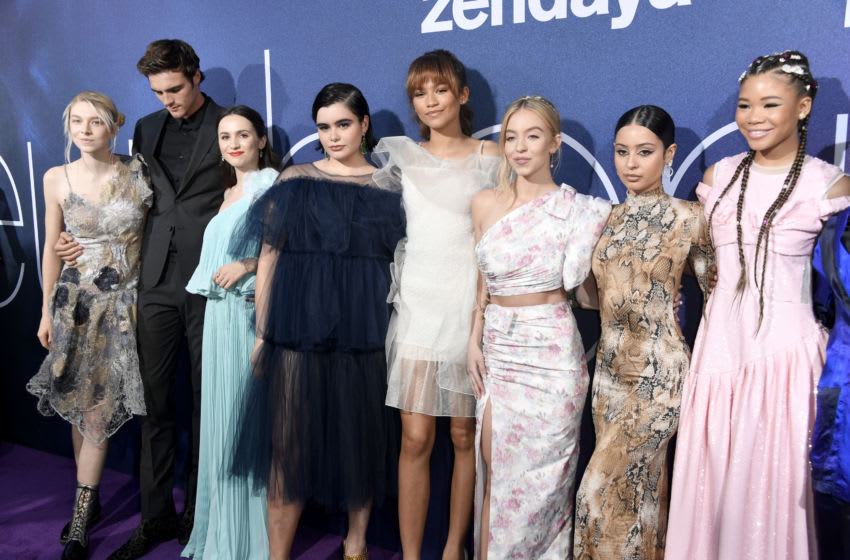 LOS ANGELES, CALIFORNIA - JUNE 04: (L-R) Hunter Schafer, Jacob Elordi, Maude Apatow, Barbie Ferreira, Zendaya, Sydney Sweeney, Alexa Demie, and Storm Reid attend the LA Premiere of HBO's