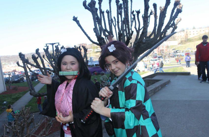 Nezuko and Tanjiro from