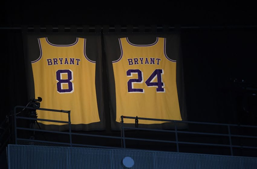 Lights illuminate the jerseys in tribute of Kobe Bryant (Photo by Kevork Djansezian/Getty Images)