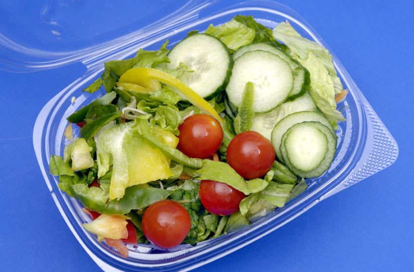 (GERMANY OUT) Mixed salad with cucumber and tomatoes in a plastic box (Photo by Unkel/ullstein bild via Getty Images)