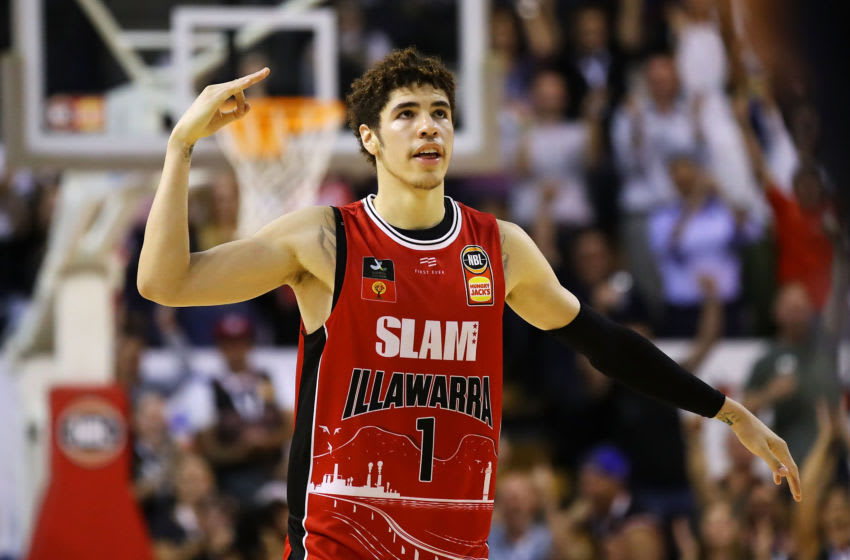 WOLLONGONG, AUSTRALIA - NOVEMBER 25: Lamelo Ball of the Hawks celebrates hitting a three point shot late in the final quarter during the round 8 NBL match between the Illawarra Hawks and the Cairns Taipans at WIN Entertainment Centre on November 25, 2019 in Wollongong, Australia. (Photo by Mark Kolbe/Getty Images)