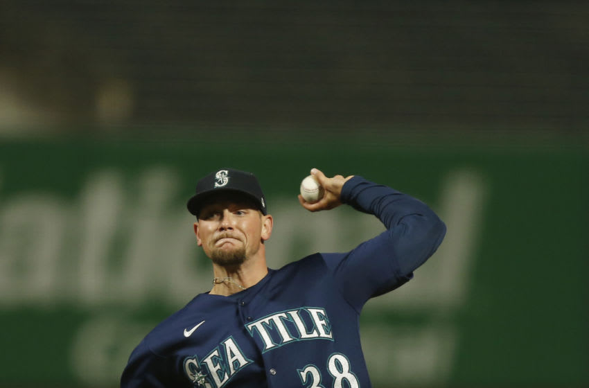 SAN FRANCISCO, CALIFORNIA - SEPTEMBER 08: Anthony Misiewicz of the Seattle Mariners pitches. (Photo by Lachlan Cunningham/Getty Images)