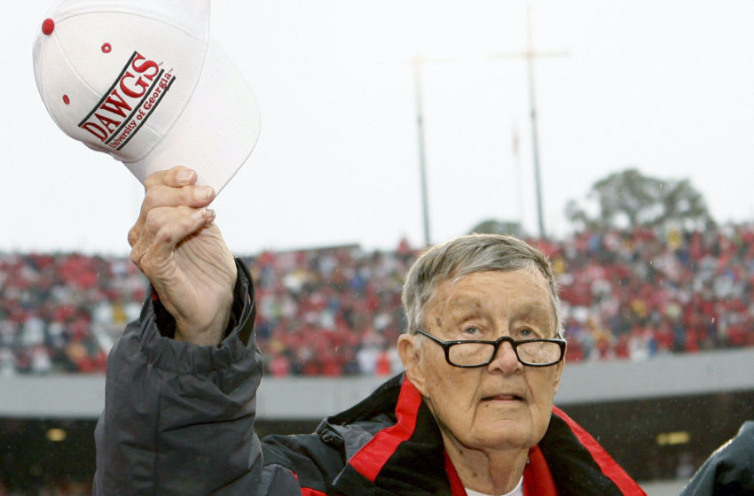 ATHENS, GA - NOVEMBER 29: Former long-time Georgia Bulldogs radio announcer Larry Munson (Photo by Mike Zarrilli/Getty Images)