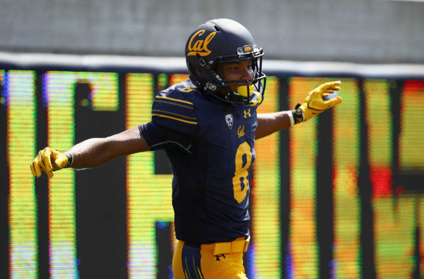 BERKELEY, CA - SEPTEMBER 09: Georgia football Call transfer Demetris Robertson #8 of the California Golden Bears celebrating after scoring a touchdown against the Weber State Wildcats at California Memorial Stadium on September 9, 2017 in Berkeley, California. (Photo by Ezra Shaw/Getty Images)