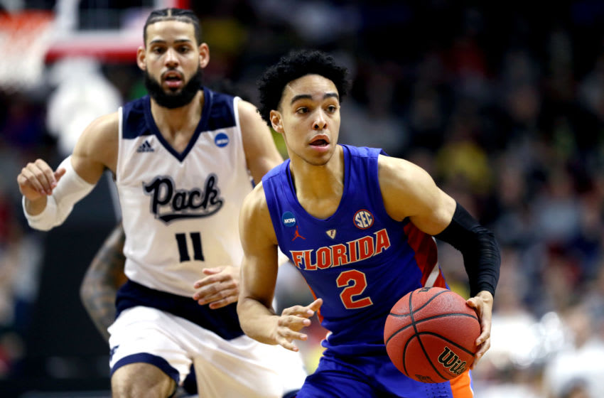 DES MOINES, IOWA - MARCH 21: Andrew Nembhard #2 of the Florida Gators handles the ball on offense against the Nevada Wolf Pack in the second half during the first round of the 2019 NCAA Men's Basketball Tournament at Wells Fargo Arena on March 21, 2019 in Des Moines, Iowa. (Photo by Jamie Squire/Getty Images)