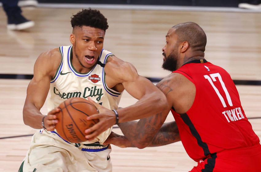 Giannis Antetokounmpo (Photo by Mike Ehrmann/Getty Images)