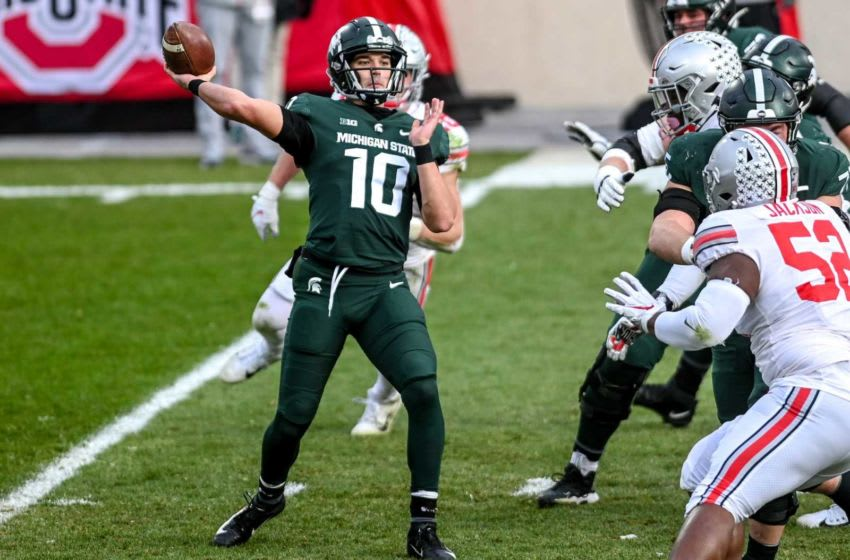 Michigan State's Payton Thorne throws a pass against Ohio State during the third quarter on Saturday, Dec. 5, 2020, at Spartan Stadium in East Lansing. 201205 Msu Osu 146a