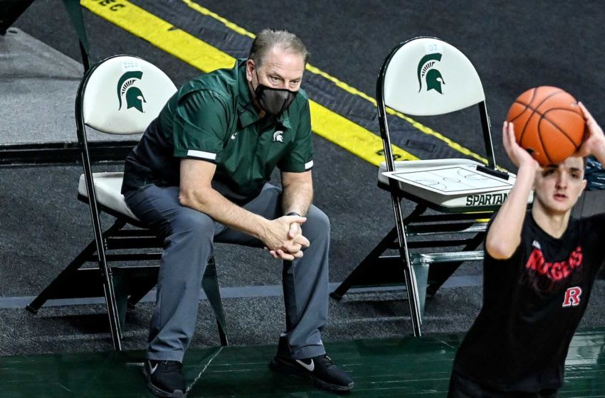Michigan State's head coach Tom Izzo, left, watches as Rutgers warms up before the game on Tuesday, Jan. 5, 2021, at the Breslin Center in East Lansing. 210105 Msu Rutgers 020a