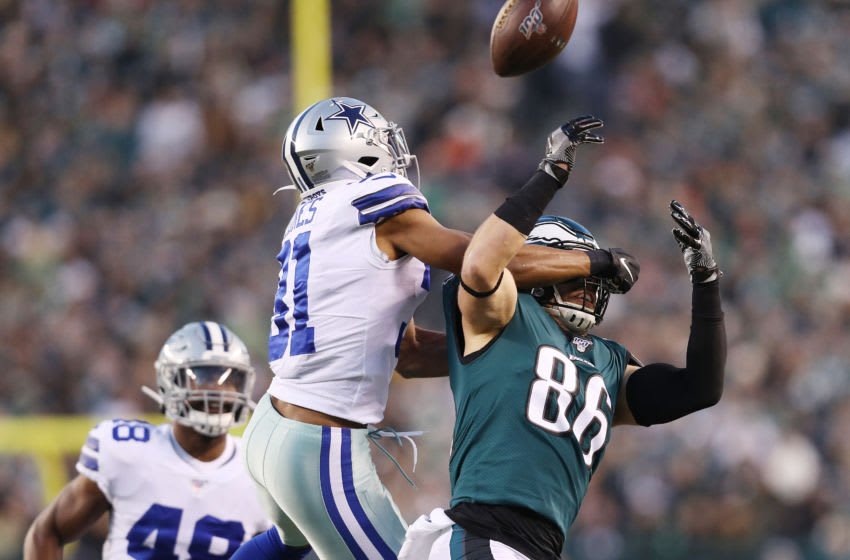PHILADELPHIA, PENNSYLVANIA - DECEMBER 22: Byron Jones #31 of the Dallas Cowboys breaks up a pass intended for Zach Ertz #86 of the Philadelphia Eagles during the first half in the game at Lincoln Financial Field on December 22, 2019 in Philadelphia, Pennsylvania. (Photo by Patrick Smith/Getty Images)
